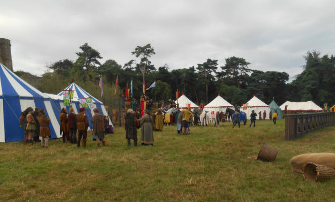 film and tv prop hire on  and medieval tent hire for films‏